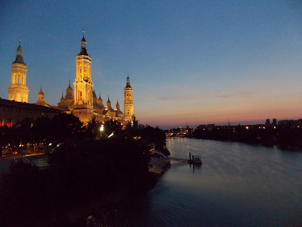 Ebro River and Basilica of Our Lady of the Pillar by Cathysa