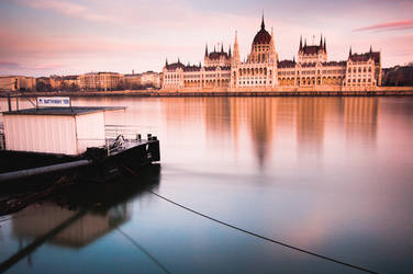 Reflections Of Budapest by torobala