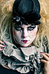 Cranky the Clown by AncillaTilia