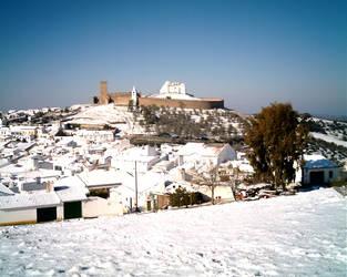 Snow in Arraiolos by Cursedangel