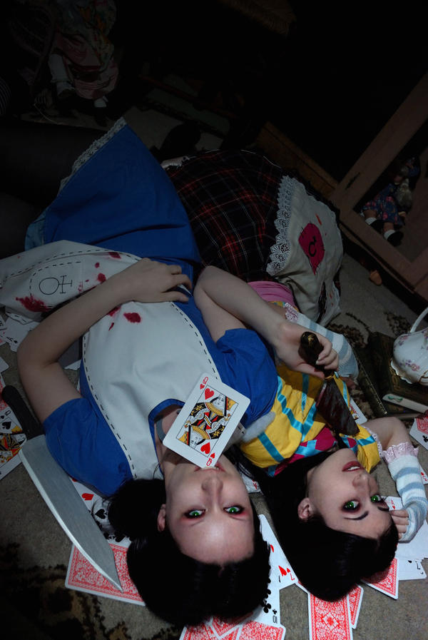 Mad girls... by TsukiOkamiLiddell