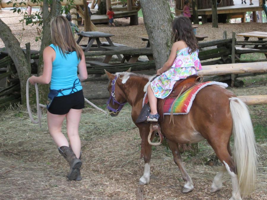 Pony Ride by cajobif