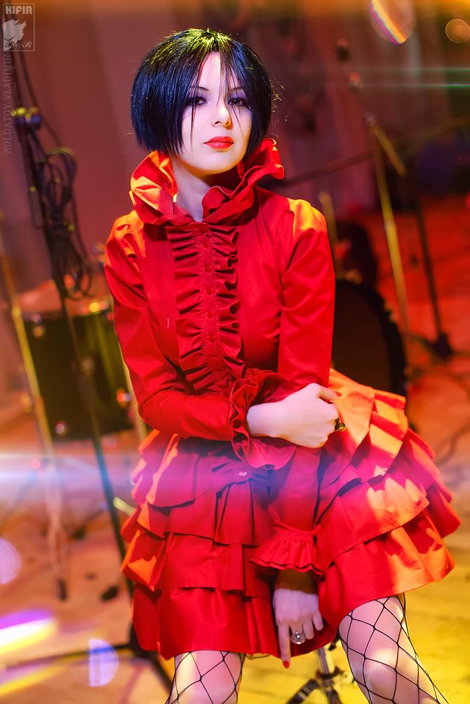 Broken Rose by Rei-Doll