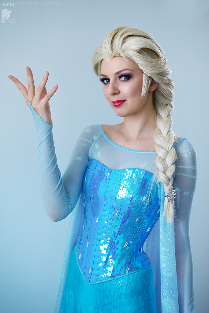 how to create an elsa costume