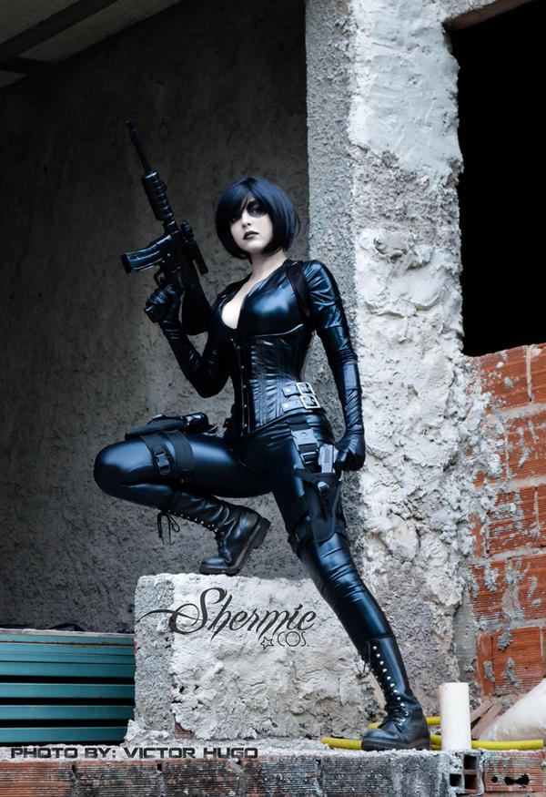 Neena Thurman by Shermie-Cosplay