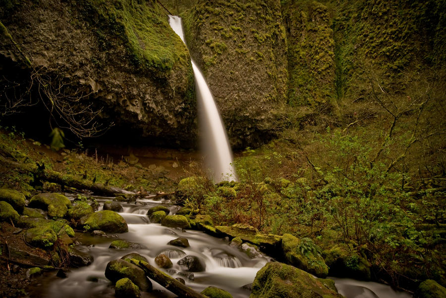 Horsetail Falls by mmlay