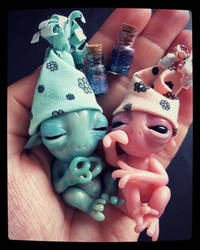 Little Extraterrestrials by annieelf