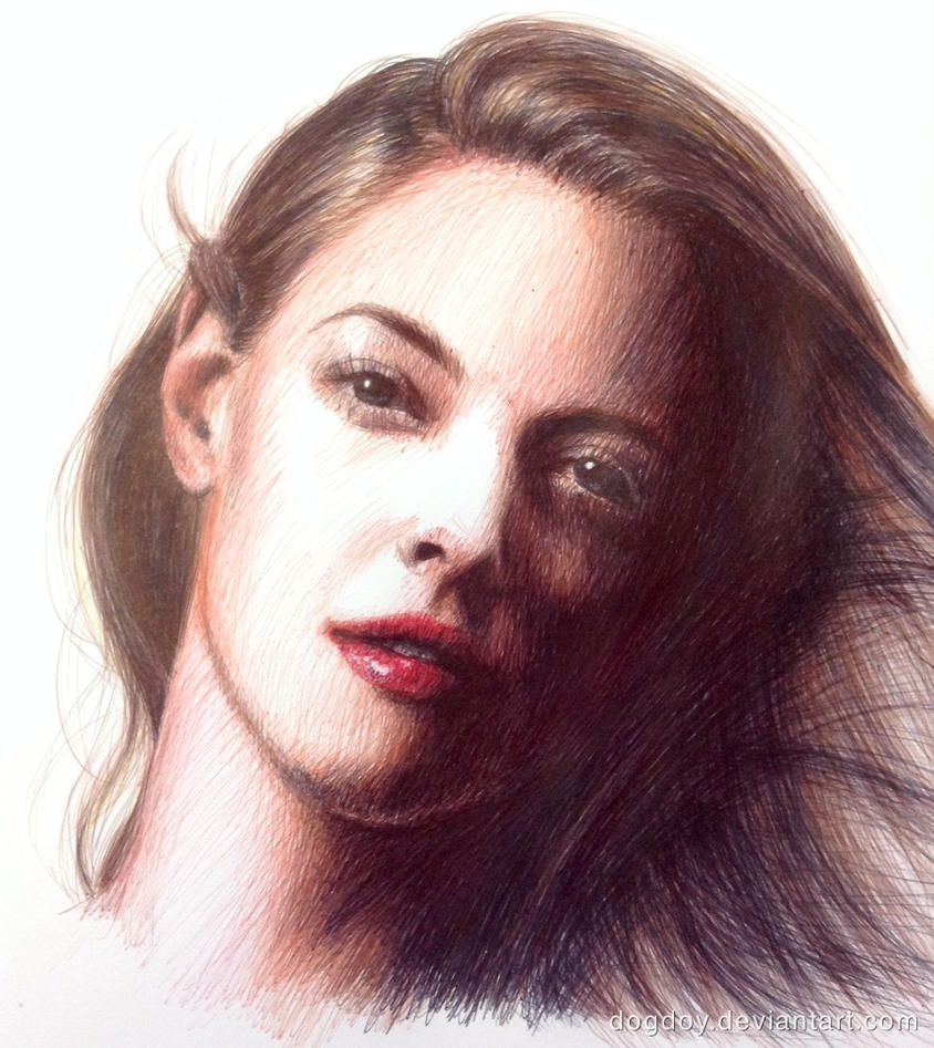 Amanda Seyfried by dogdoy