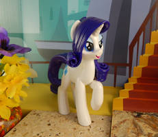 Rarity (right, front view) by DeadHeartMare