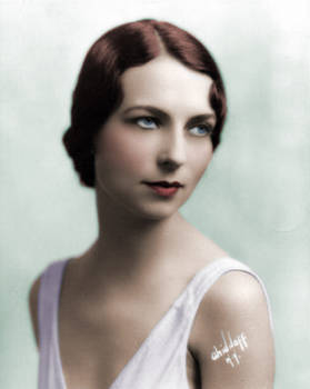 Agnes Moorehead Colorized