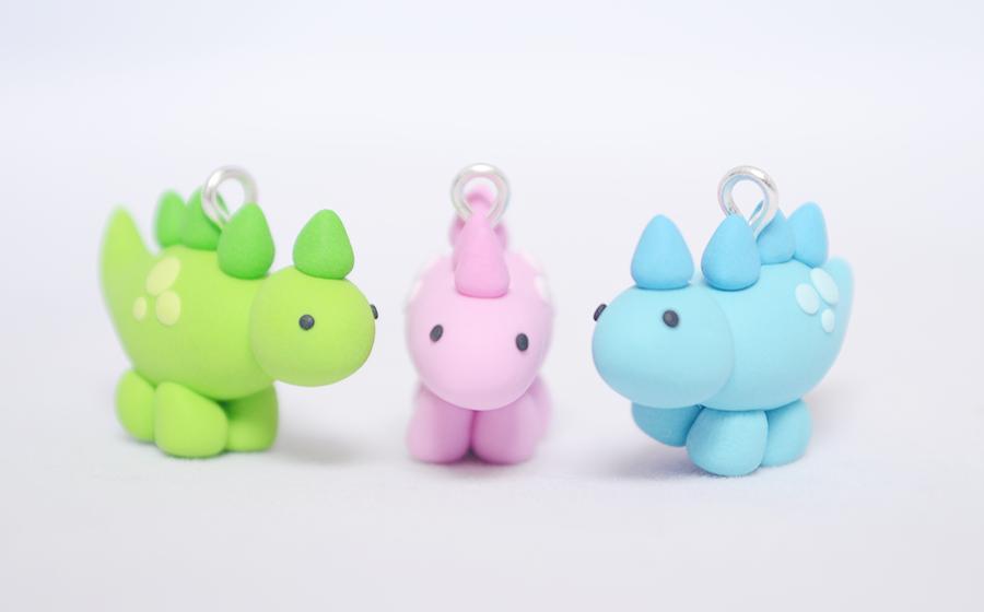 Cute Polymer Clay Dinosaur Charms by Linnypig