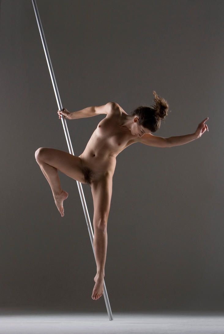 Pole dancer  by extremecapture