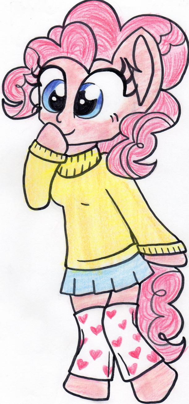 Chibi Pinkie by partylikeapegasister