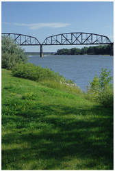 Bismarck Bridge by mcleodan