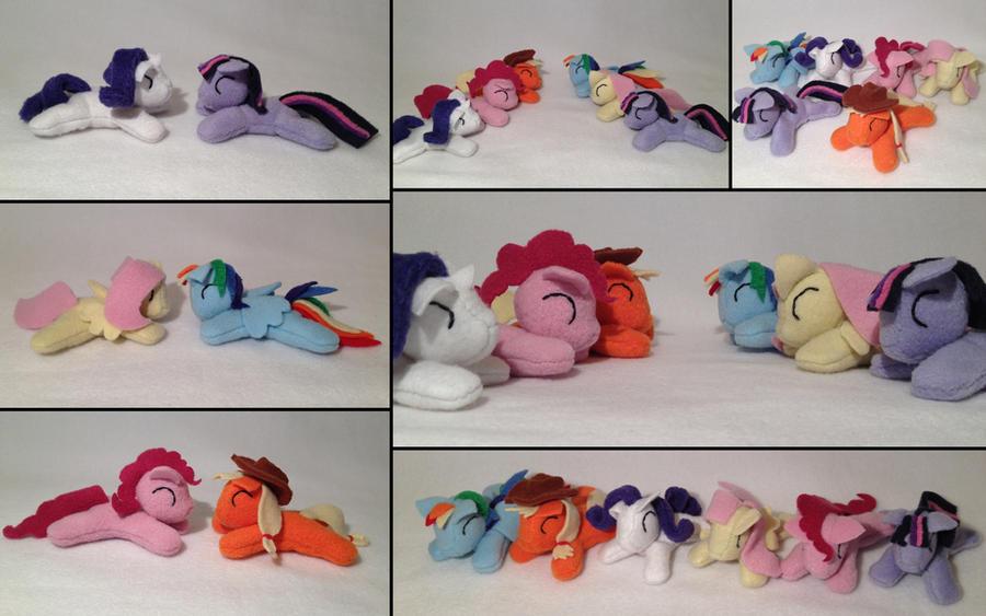Pocket size ponies by Bewareofkitty