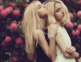 Sisters i. by Rinksy