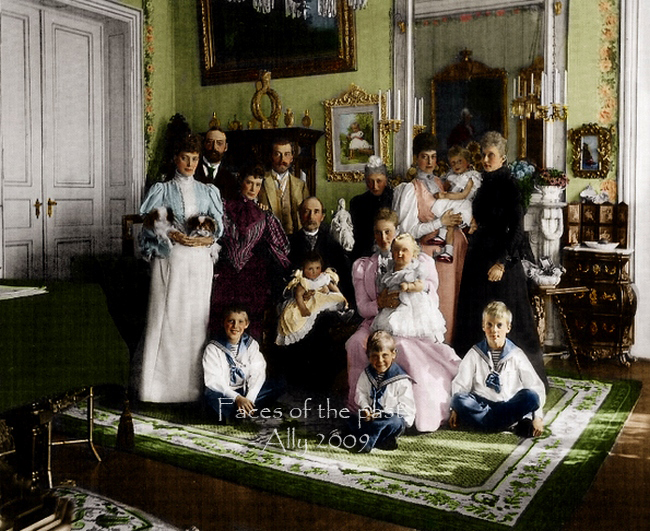 Romantika sacuvana od zaborava... - Page 2 Imperial_family_in_Denmark_by_VelkokneznaMaria