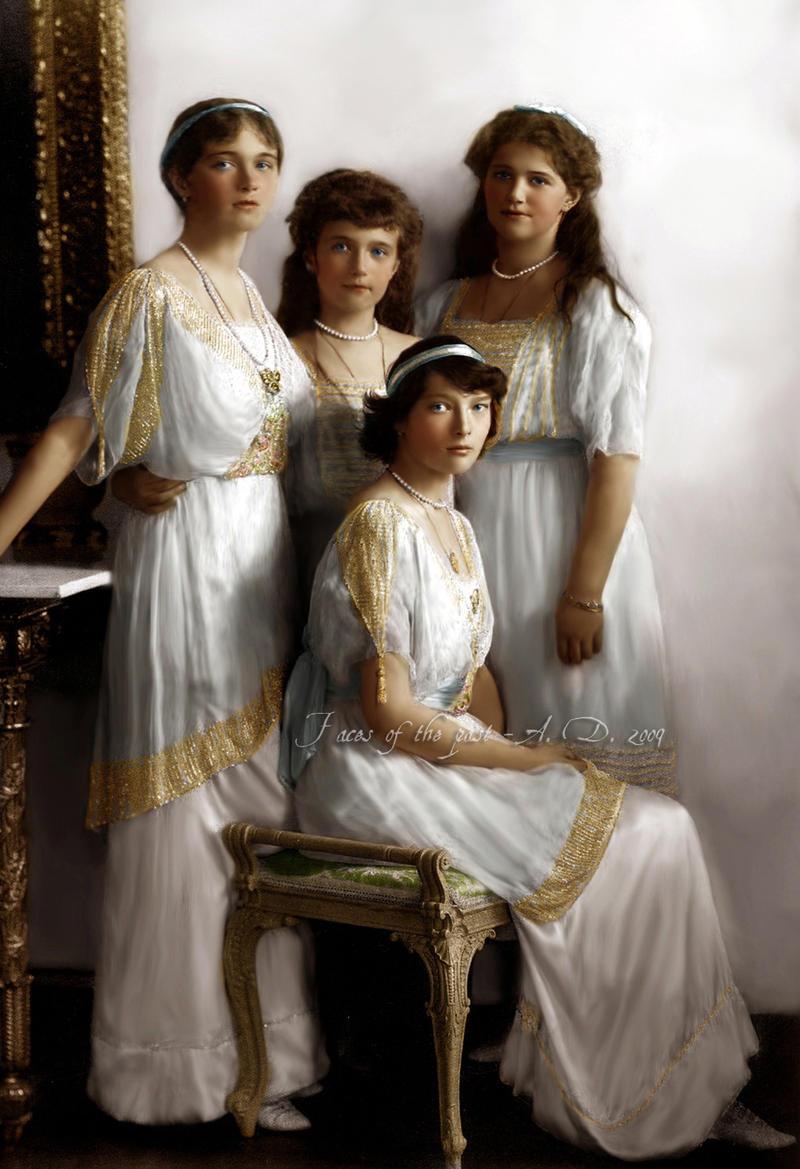 http://fc07.deviantart.net/fs51/i/2009/326/1/1/Romanov_Angels_by_VelkokneznaMaria.jpg