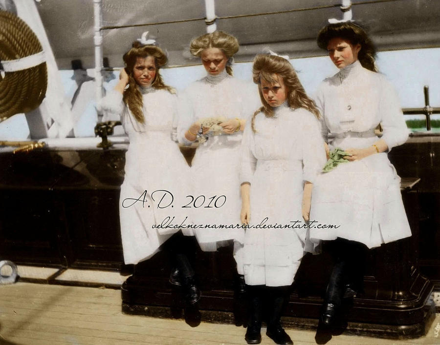 Grand Duchesses on board by VelkokneznaMaria
