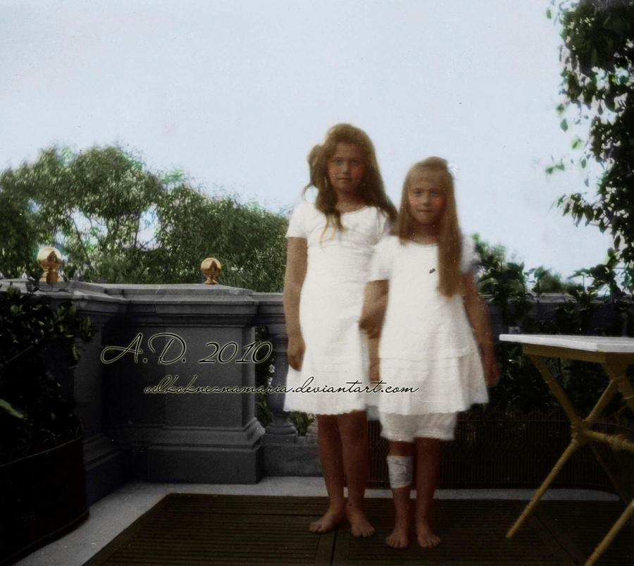 Masha and Nastya by VelkokneznaMaria