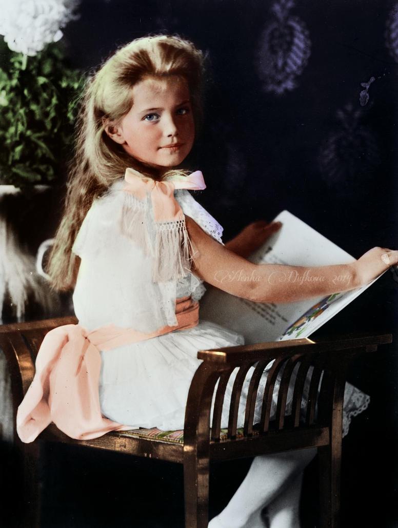 Grand Duchess Mashka by VelkokneznaMaria