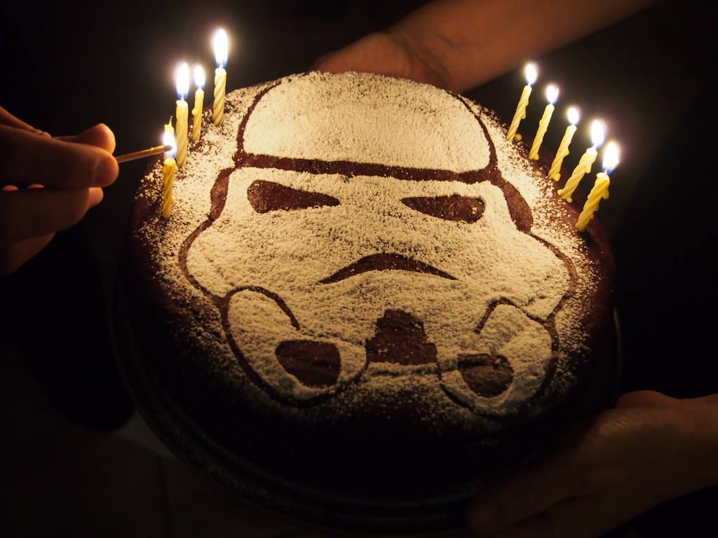 Stormtrooper birthday cake by PolishJediArt