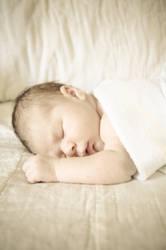 Ollie | 3.5 weeks old by daintyish