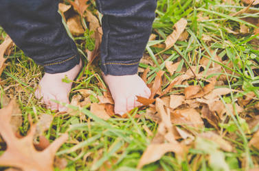 baby feet by daintyish