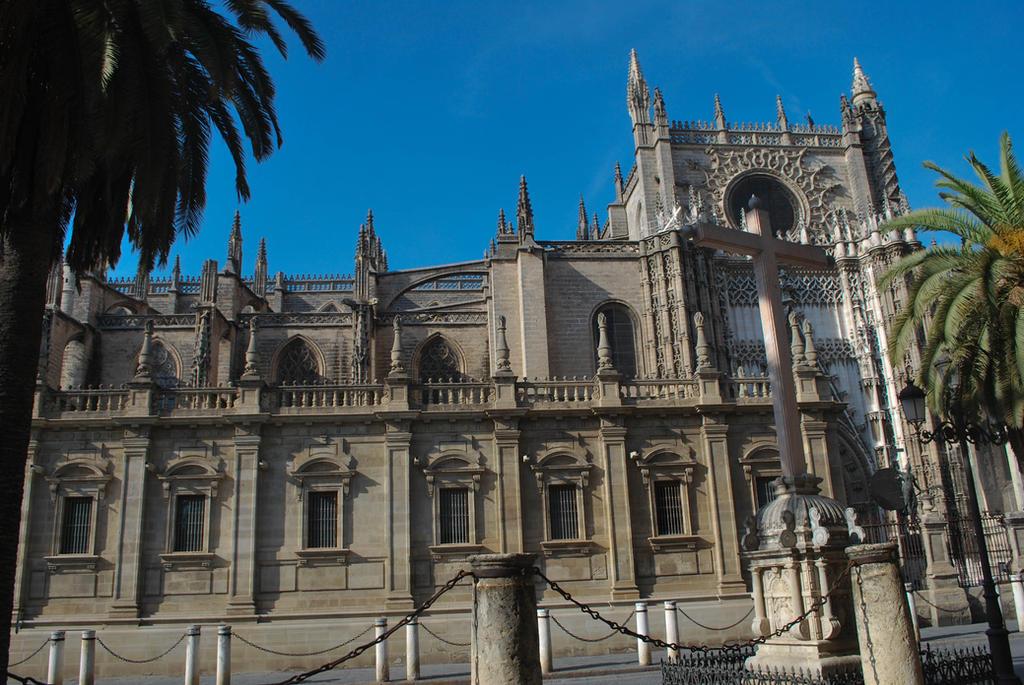 Catedral de Santa Maria de la Sede - Sevilla by ReneHaan