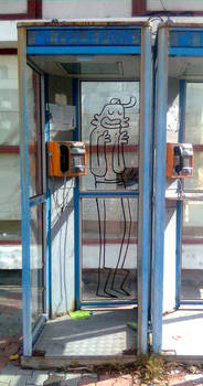FLEPT in a telephone booth