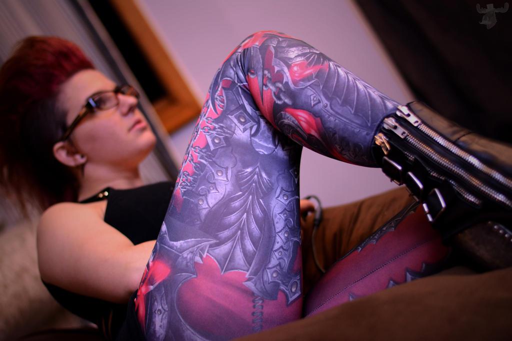Skullreaver Leggings by Geekweave by itsthekitsunekid