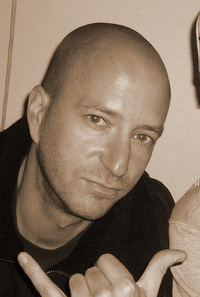 serialZz's Profile Picture
