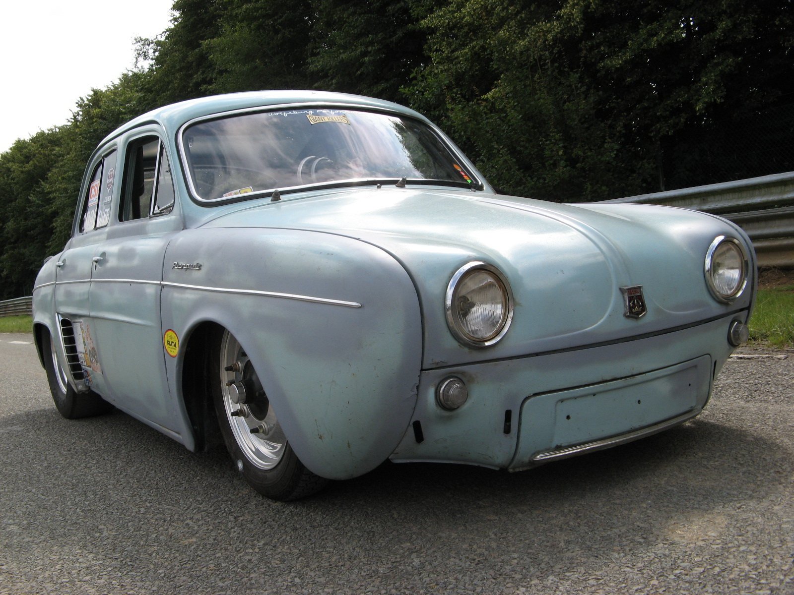 Dauphine - Page 33 Renault_by_serialzz