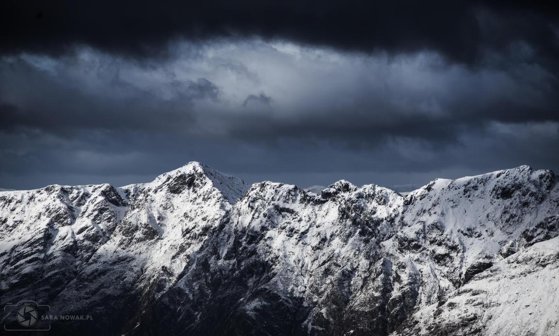 Ridge by Aenkill