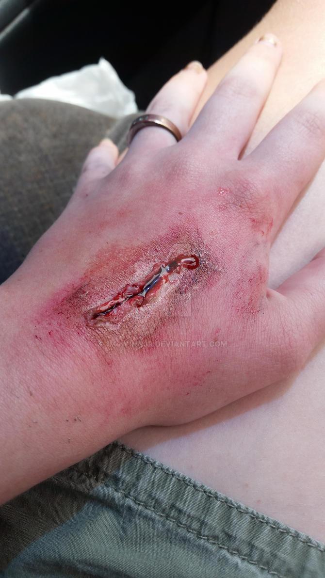 Gash wound makeup by 1M4W1NN3R