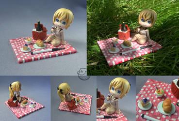 a picnic with Lilly [figurine] by CadaverCrafts