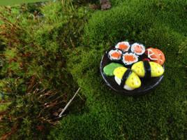 Miniature Sushi Plate by Suzuki108