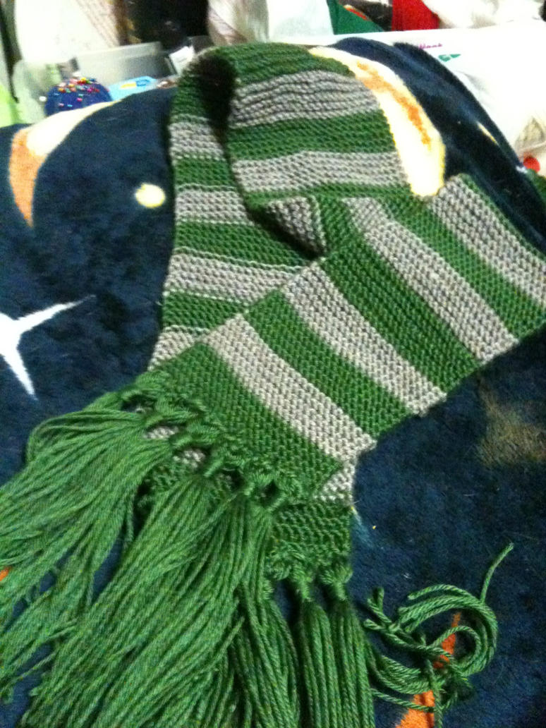 Harry Potter custom Slytherin scarf by UnsungHeros on DeviantArt