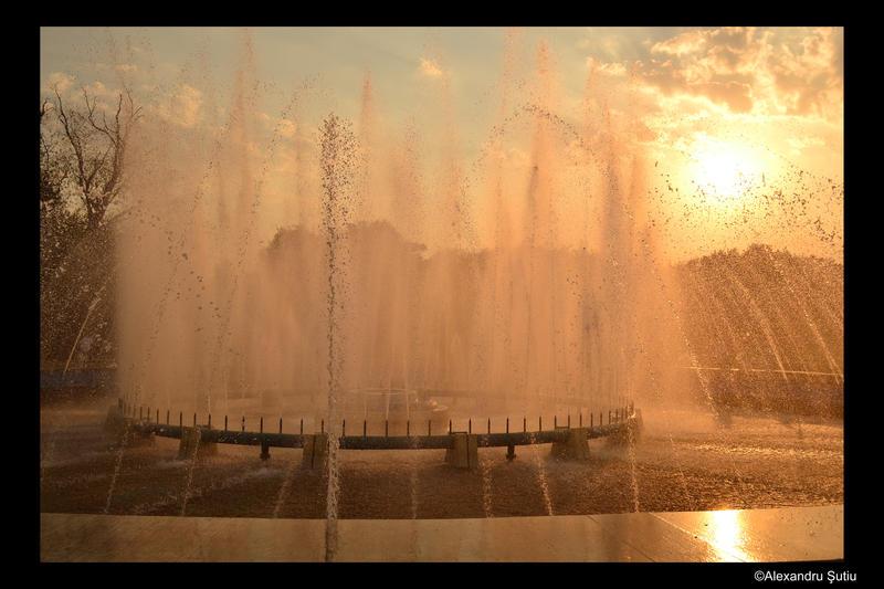 Fountain in the sun by RavenNightWish