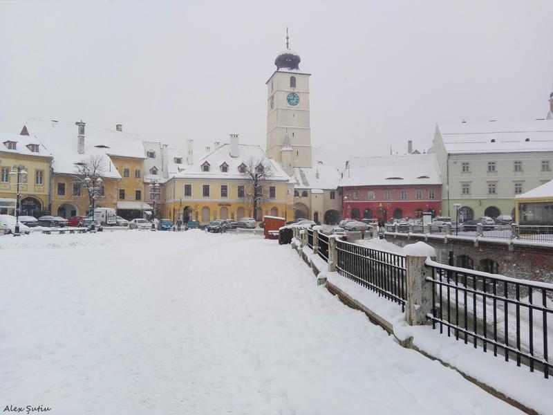 Snowy Plaza by RavenNightWish