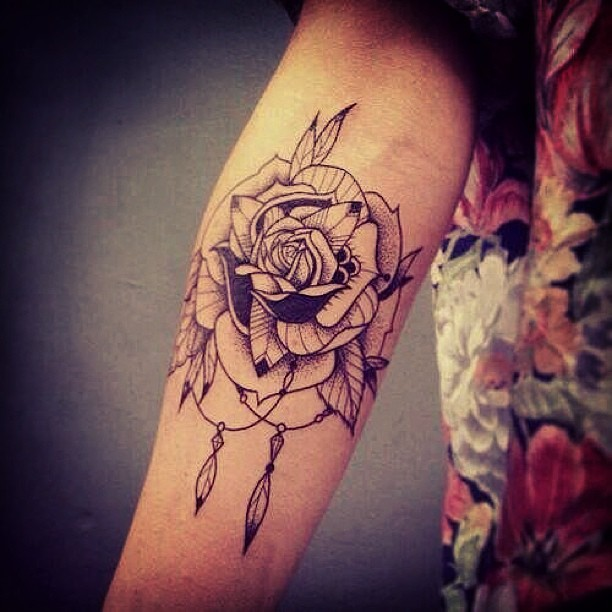 forearm rose tattoos for girlsgallery tribal t by. Black Bedroom Furniture Sets. Home Design Ideas