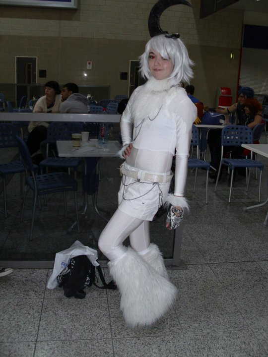 Absol gijinka cosplay by xLiaxThexLionx on DeviantArt
