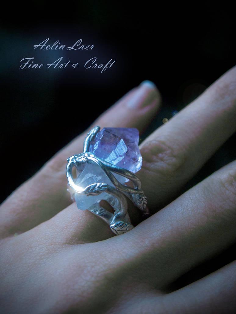 Mir-norn Tauruin elvish silver ring by Gwillieth