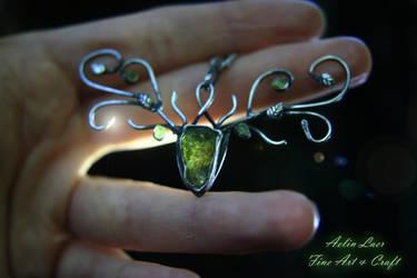 Woodland guide silver talisman by Gwillieth