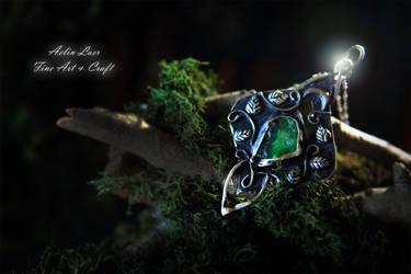Jade silver talisman by Gwillieth