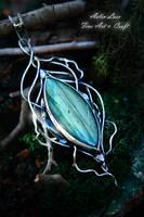 Seun - silver Talisman with labradorite