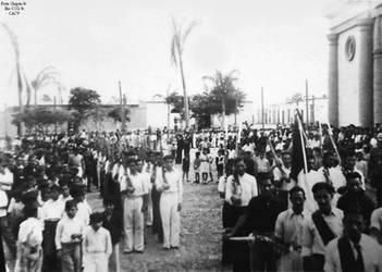 1950 (14) 1950-55 Jovenes Chepenanos sirviendo com by Chepen-Ruta