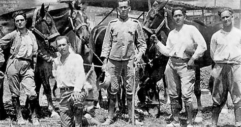 1941 (4) Alfredo Novoa Cava con sus companeros de