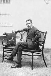 1935 (4a) 1935-45 Gilberto Ugas Razuri alcalde de