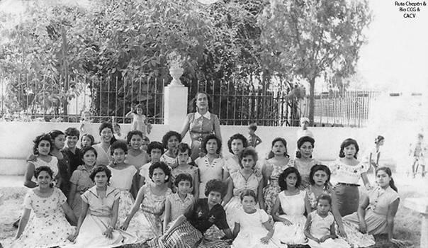 1960 (61b2) 1960-65 Parque Infantil de Chepen con